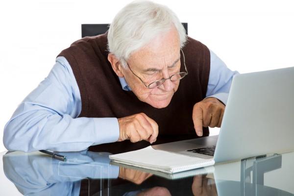 Yaşlı Kullanıcıların İnternet Güvenliği Nasıl Alınır?