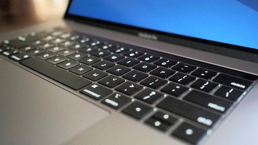 Yeni MacBook Pro'da En Dikkat Çekici Özellik, Sessiz Klavye Nasıl?