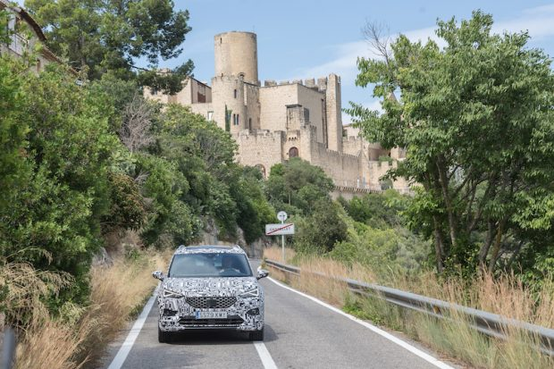 SEAT'ın büyük SUV'u Tarraco Teste Çıktı, Virajlar Artık Korkutucu Değil!