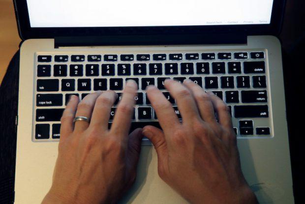 1Password 7.2 Mac'lerde Otomatik Şifre ile Giriş Yapmayacak