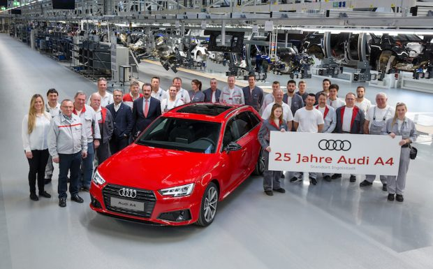 Audi'nin en çok satan modeli Audi A425 yaşında