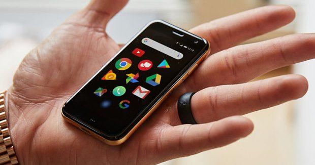 Kredi kartı boyutunda akıllı telefon Palm Türkiye'de satışa çıktı