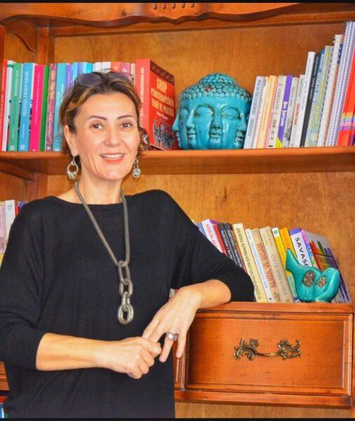 Uzman Pedagog & Psikolog Ebru Şen